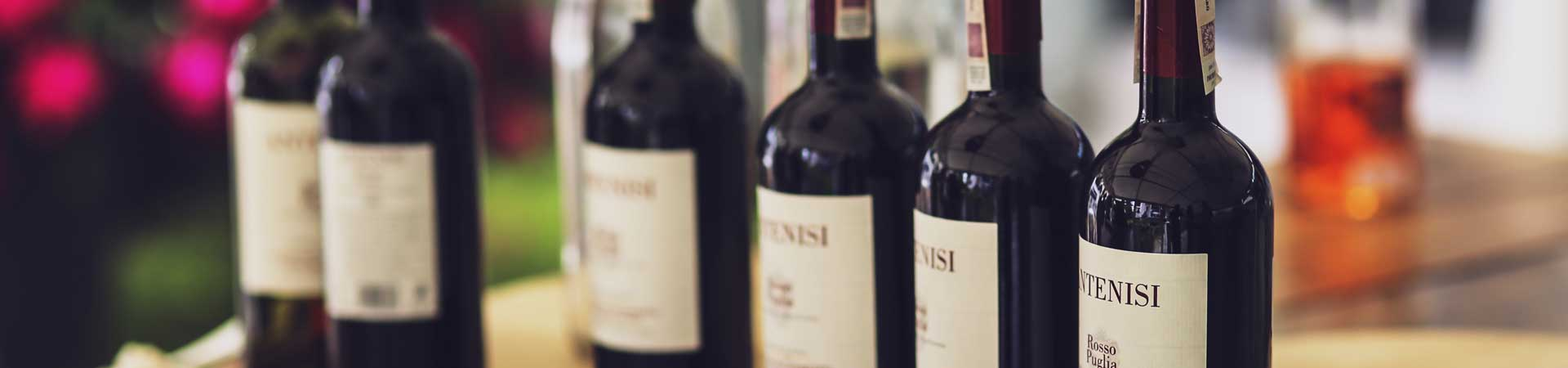 Header Weinflaschen